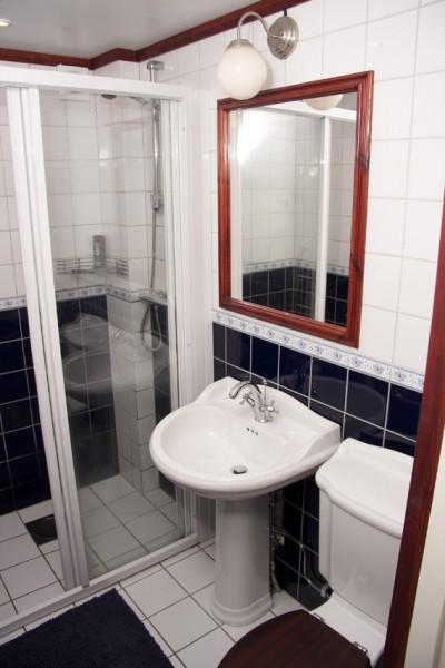 Rum 8 - Toalett